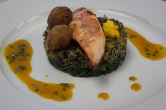Le Cordon Bleu: John Dory Fillets with red spices, wild rice and tropical fruit John Dory, Red Spice, Cooking Wild Rice, Mango Fruit, Dried Beans, Kidney Beans, Fish Dishes, A Food, Cordon Bleu