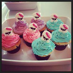 #monsterhighcupcakes #monsterhighparty diy monster high cupcakes, monster high cakes, monster high party caked