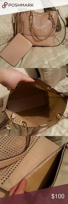 Purse Great condition Calvin Klein Bags Crossbody Bags