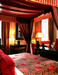 (200) Malmaison Edinburgh - Los orígenes del hotel Malmaison de Edimburgo son algo... picantes: se trataba de un antiguo burdel. Hoy es un hotel sofisticado y situado en una de las zonas emergentes de la ciudad escocesa: el barrio de Leith.