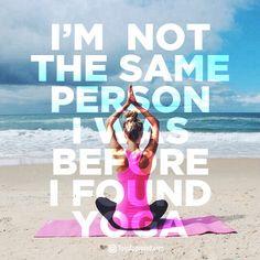 Yoga changes your body, your mind (think: stillness, focus, calm), and soul… Bikram Yoga, My Yoga, Yoga Inspiration, Namaste, Frases Yoga, Breathe, Relax, Yoga For Men, Yoga Quotes