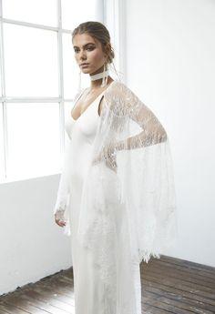 25bf4fef09 Roberta cape. Wedding Dresses ...