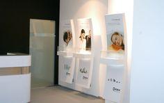 Expositores de loja - A, Criatividade e Comunicação, Lda