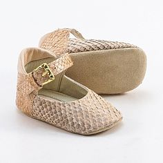 Baby shoes from peach beige fish leather van Vibys op Etsy