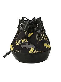 Shop for the latest bags and totes, pop culture merchandise, gifts & collectibles at Hot Topic! From bags and totes to tees, figures & more, Hot Topic is your one-stop-shop for must-have music & pop culture-inspired merch. Batman Bag, I Am Batman, Batman Vs Superman, Batman Stuff, Batman Shoes, Batman Girl, Batman Robin, Dc Comics, Batman Comics