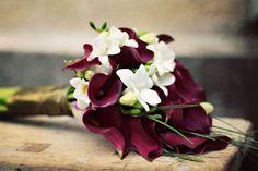 Buchet de mireasa alb - orhidee, santinii , trandafiri si iedera   Buchet de mireasa alb - cale   Buchet de mireasa  - frezii  si cale grena...