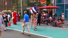 Crowd control coming to Times Square | Times Square tip seekers