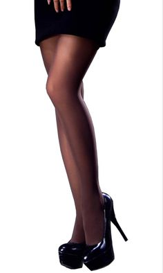 Trasparenze Linda 40 Denier Semi-Opaque Velvet Smooth Pantyhose - See more tights at www.fashion-tights.net ‪#tights #pantyhose #hosiery #nylons #fashion #legs‬ #legwear #advertising #influencer #collant