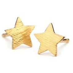PERNILLE CORYDON Medium Star Earrings - Gold ($39) ❤ liked on Polyvore featuring jewelry, earrings, gold, gold earrings, star jewelry, earring jewelry, gold jewelry and gold jewellery