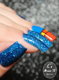 #nails #nail #fashion #style #superman #cute #beauty #beautiful #superhomem #pretty #girl #girls #stylish #sparkles #styles #gliter #nailart #art #opi #azul #essie #unhas #preto #branco #rosa #love #shiny #polish #nailpolish #blue