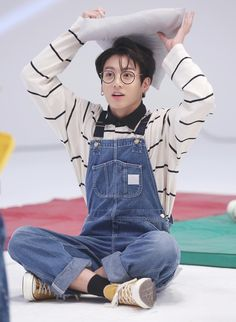 Image shared by btsarmyturkey. Find images and videos about kpop, bts and jungkook on We Heart It - the app to get lost in what you love. Namjoon, Jungkook Oppa, Bts Bangtan Boy, Jungkook Glasses, Jung Kook, Jong Kook Bts, Busan, Foto Bts, Yoonmin