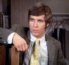 R.I.P Don Grady (1944-2012) he played Robbie Douglas on My Three Sons