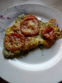 Cukkini pizza Pizza, Lasagna, Quiche, Breakfast, Ethnic Recipes, Food, Morning Coffee, Meal, Essen