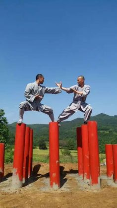 Training Shaolin Kung Fu at Songshan Shaolin Traditional Wushu Academy with Shifu Shi Yan Jun. http://kungfushaolins.com