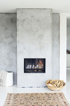 This is a collection of fireplace ideas we've collected. There are many unique and modern fireplace ideas that use easy-to-get materials such as ceramics, stones and bricks. Let's make your room more complete now. Concrete Fireplace, Fireplace Hearth, Home Fireplace, Fireplace Surrounds, Fireplace Design, Fireplaces, Fireplace Facing, Craftsman Fireplace, Wooden Fireplace