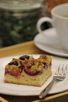 Gustostückerl : Zwetschkenfleck // Plum Cake French Toast, Breakfast, Sweet, Food, Pies, Cakes, Sprinkles, Morning Coffee, Meal