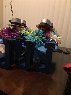 Alice in wonderland birthday party center pieces