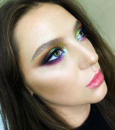 Have a colorful day!! .. Model @julia_nemykina  #tominamakeup#tomina…