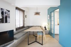 Parcourez les images de Salle à manger de style de style Moderne de Espace Salle à manger. Inspirez-vous des plus belles photos pour créer votre maison de rêve.