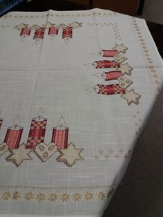 Hobby, Napkins, Stitch, Etsy, Lace Table, Punto Cruz, Noel, Red Color, Cross Stitch