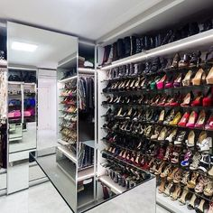 Closet Exclusivo #bespoke #intensidadenosdetalhes #augustomorenoclosets