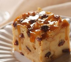 Sweet Desserts, Sweet Recipes, Cake Recipes, Dessert Recipes, Raisin Bread Pudding, Breakfast Bread Puddings, Pudding Desserts, Mousse, Creme