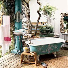 outdoor bathroom! love it, hopefully it's hidden
