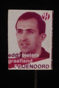 Reclamespeldje, monogram Van Houten´s Cacao, met Feijenoord voetbalspeler: Eddy Pieters Graafland - Museum Rotterdam
