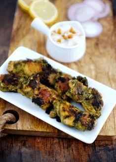 Boneless Chicken Recipe Indian, Chicken Recipes, Recipe Chicken, Easy Appetizer Recipes, Appetizers For Party, Appetiser Recipes, Chicken Tikka, Indian Chicken, Desi Food