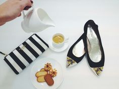 Cookies, stripes and cabochons - PANTELLERIA pochette meets AZURE flats by Tosca Blu TS14BP115 - SS1402S023