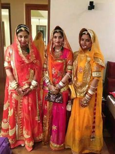 Rajputi Royal Dresses, Indian Dresses, Indian Outfits, Rajasthani Bride, Rajasthani Dress, Blouse Styles, Blouse Designs, Rajput Jewellery, Rajputi Dress