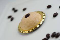 Monoporzione di semifreddo al caffè con meringa all'italiana