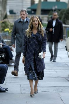 http://www.laineygossip.com/Sarah-Jessica-Parker-narrates-VOGUEs-history-of-fashion-videos/46696#&gid=1&pid=10