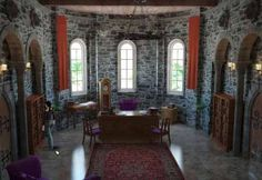 Medieval Castle Interior 🗺 🚗 🚌 ✈️ 🎒 🚊 🏍️ 🚀 Welcome to. Medieval Houses, Medieval World, Medieval Castle, Medieval Art, Castle Rooms, Castle Wall, Castle House, Abandoned Castles, Abandoned Places