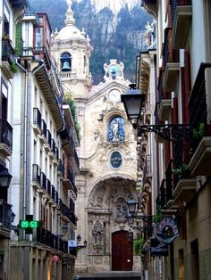San Sebastian, Spain. I took this exact same picture when I was there a few months ago!! :)