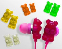 Gummy Bear Earphones - Who said earphones have to be boring? These gummy bear earphones designed by Sakar will surely spice up your one-on-one time with your iPod, iPhone. Tween Gifts, 30 Gifts, Gifts For Boys, Craft Gifts, Christmas Gift Guide, Christmas Gifts, Christmas Shopping, Mermaid Invitations, Easter Gift Baskets