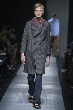 #Worst #GucciMens Line I've ever seen! #RTW #Fall2015 #FashionFail #EvenTheModelsLookExtraPissedOff
