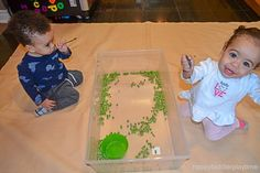 Green peas are not only fun to eat they also make a fun sensory bin filler! Here is a great taste safe sensory bin for babies, toddlers & preschoolers! Baby Sensory Play, Sensory Bins, Sensory Activities, Infant Activities, Green Peas, Toddler Preschool, Kids And Parenting, Happy, 1 Year