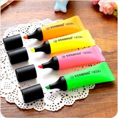 4 pcs/Lot New neon highlighter Toothpaste marker pen fluorescent oblique boligrafos Stationery Office School supplies Stationary Store, Stationary School, School Stationery, Kawaii Stationery, Bullet Journal Essentials, Highlighter Pen, Highlighters, Stabilo Boss, Japanese Stationery