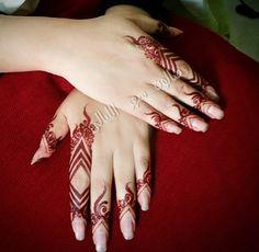 Image in mehndi😍 collection by Faizaツ on We Heart It Mehendi, Mehandi Henna, Henna Ink, Henna Body Art, Mehndi Tattoo, Henna Tattoo Designs, Mehndi Art, Mehndi Desing, Henna Tattoos