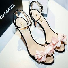 Chanel Pink bow tie heels