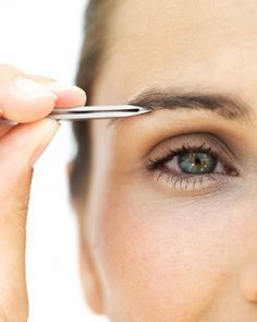 How to Pluck and Shape Eyebrows