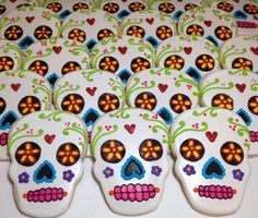 SweetTweets - Dia de los Muertos / Day of the Dead Skull cookies