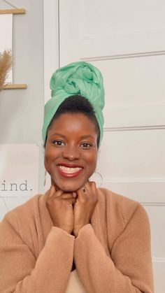 Featuring the Melanie headwrap, this is the easiest headwrap tutorial ever!