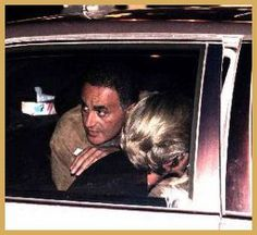 *PRINCESS DIANA & DODI FAYED~Last photo taken. Dodi Al Fayed looks over Princess Diana's shoulder as the Mercedes is pulling away from The Ritz hotel in Paris on August Minutes later,as we all know.is history. Princesa Diana Y Dodi, Princess Diana And Dodi, Diana Dodi, Princess Diana Funeral, Princes Diana, Royal Princess, Princess Anne, Lady Diana Spencer, Dodi Al Fayed