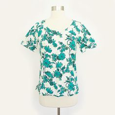 $35 ANN TAYLOR white #GREEN #FLORAL print SHORT SLEEVE #tunic #shirt #blouse #top 0 XS #AnnTaylor #FloralBlouse #Ebay #TrashyVintage $14.99