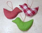 Christmas Tree Ornaments Fabric Christmas Decorations in green, red and white. €9,00, via Etsy.