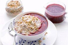 Tuorepuuro jogurtista on ravitseva ja erittäin maukas välipala. http://www.valio.fi/reseptit/tuorepuuro-jogurtista/ #resepti #ruoka