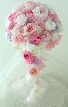 pink and white flowers Flower Bouqet, Floral Bouquets, Pastel Flowers, White Flowers, Amnesia Rose, Spring Wedding Bouquets, Pink Hydrangea, Flower Decorations, Floral Wedding