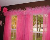 could do for table skirt for party Extra Large or more) Tulle Valance - Custom Valance - No Sew Tutu Teen Girl Bedrooms, Little Girl Rooms, Tutu Curtains, Latest Curtain Designs, Tulle Crafts, Princess Room, Shabby Chic, Decoration, Bedroom Decor